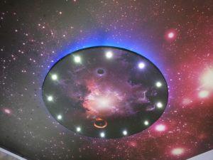 Natyazhnye-potolki-zvezdnoe-nebo (5)